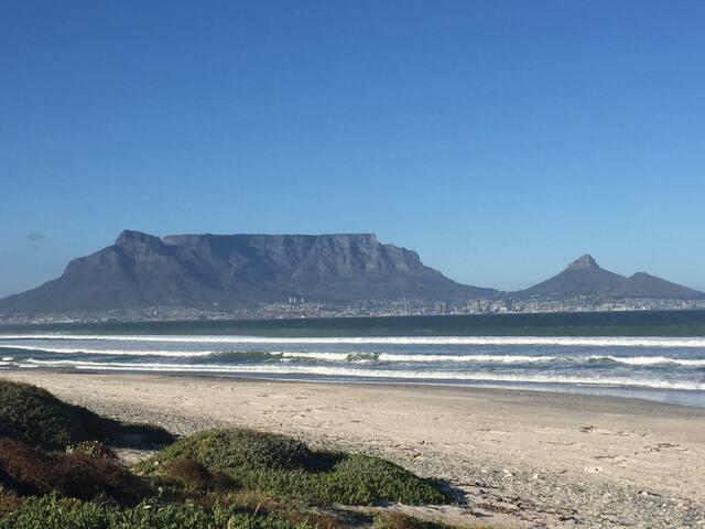 Sunset Beach Holiday Home - Cape Town - Dům