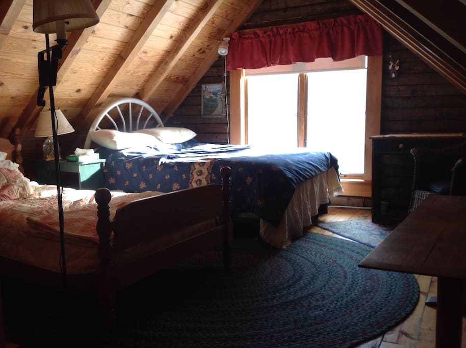 Back bedroom with double and twin bed