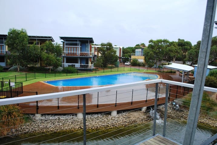 Villa 54 South Shores - Normanville - วิลล่า