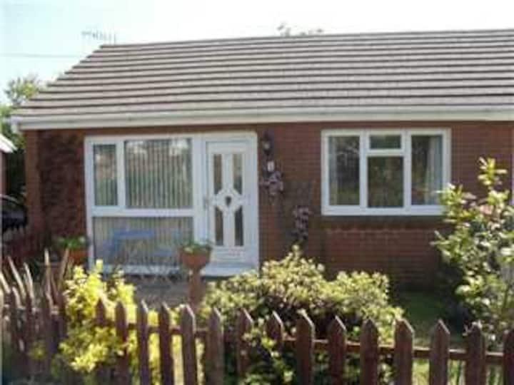 Holiday bungalow near Mumbles on Gower Coast