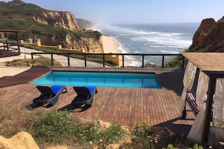 Wooden House & Pool - Stunning view to the Ocean - Pataias