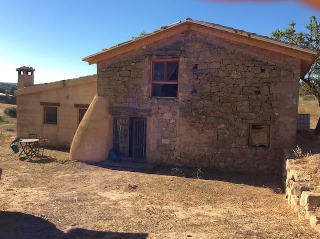 Casa Cavalls Quarts - Horta de Sant Joan - Hus
