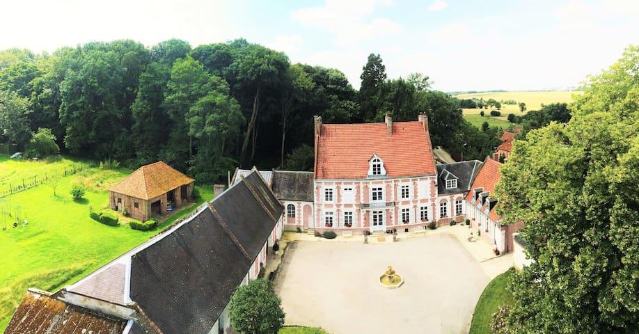 Le Manoir de Bellacordelle, Chambre d'hôtes & Spa - Rivière - Other