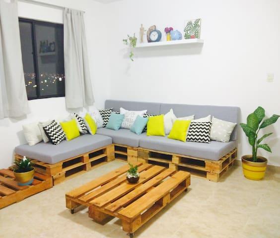 Amplio Departamento cerca del Tec y Valle Oriente - Monterrey - Apartment
