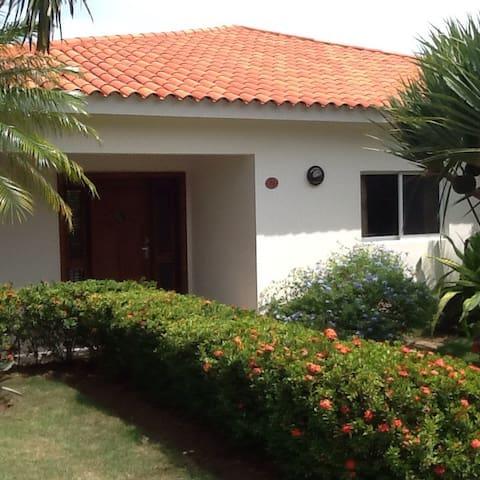 Villa Maynard - Sosúa - Rumah