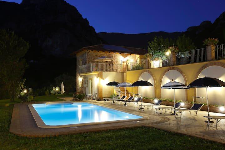 Countryhousefelicia Appartamento Giglio - Giungano - Pis