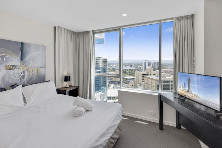 Main bedroom with city view