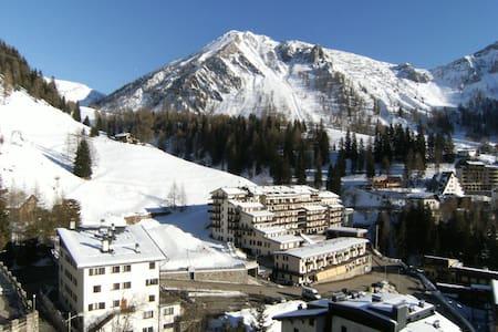 Trilocale accogliente vista monti - Foppolo - 아파트