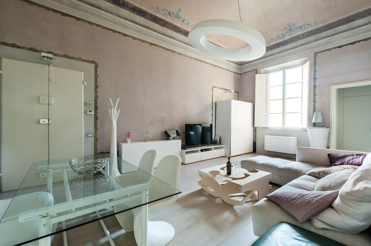 Appartamento in palazzo storico - Pontedera - Apartemen