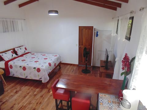 Casita Luna - Pure Wildlife & Private Beach