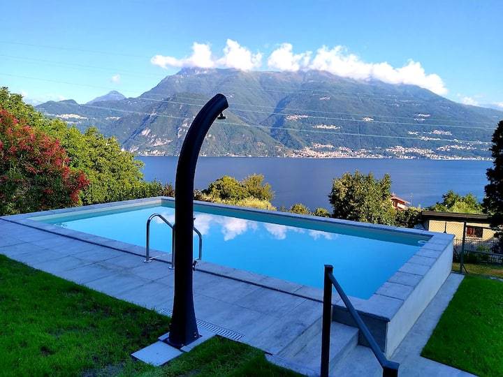 "Luxury apartment ""Ortensia"" LakeComo View and pool"