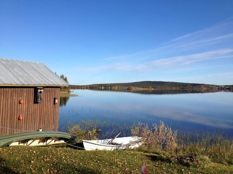 Lakeside Cottage in Lapland.