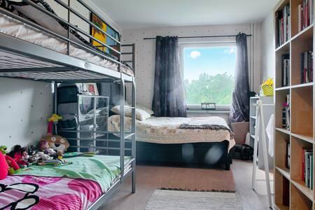 Single bedroom / cama