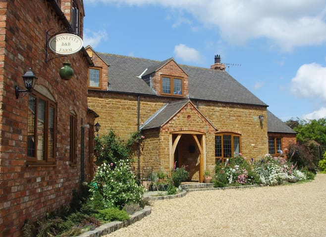 Stonepits Farm B&B