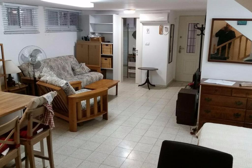 It is a 50sm studio with bathroom/shower and separated entrance. 2 windows