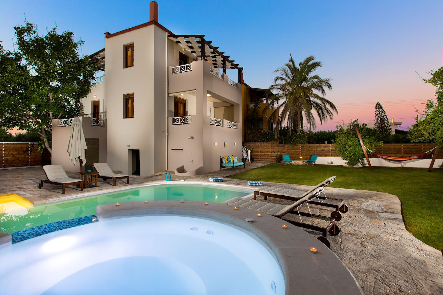 Aestas Residence can accommodate up to 11 guests!