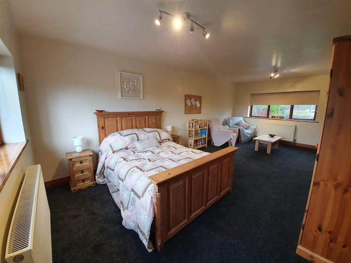 self contained guest suite in rural hamlet