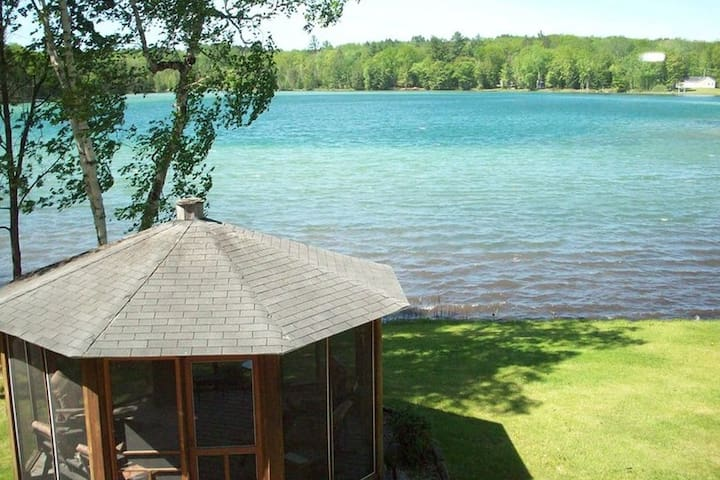 Beautiful home on Long Lake