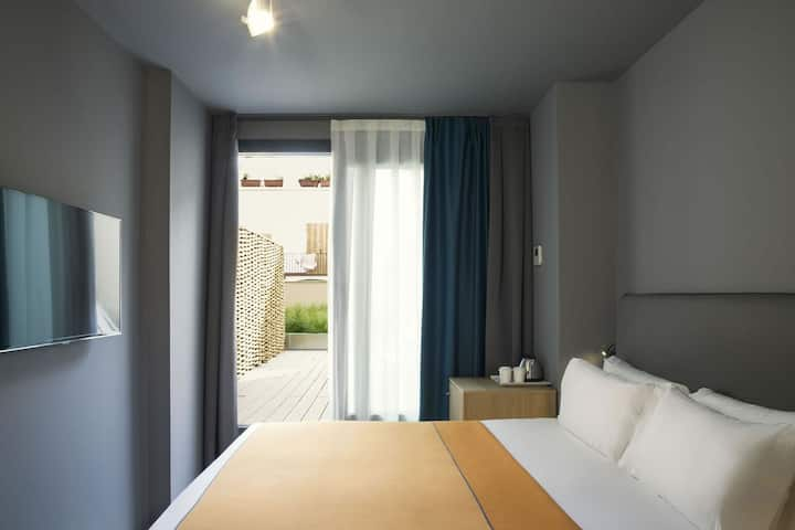Double Room with Terrace, Breakfast included