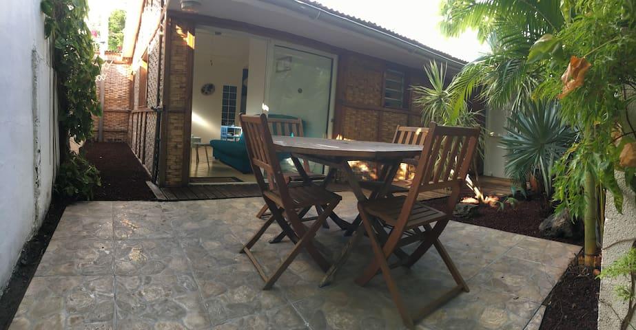 Osiris1 Charmant bungalow (T3) à 100m de la plage