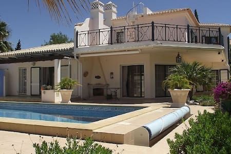 Traum Algarve, Portugal - Villa Guapa - Huvila