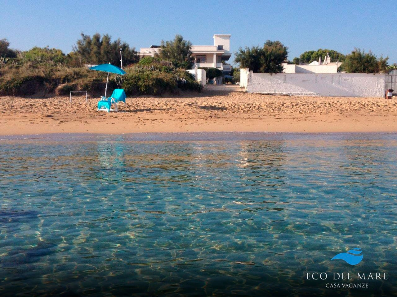 The holiday home 'ECO DEL MARE' view from the sea.