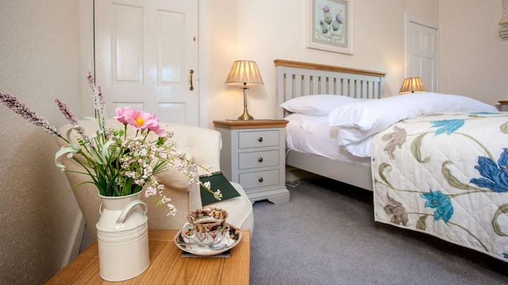 Luxury Self catering apartment by the sea