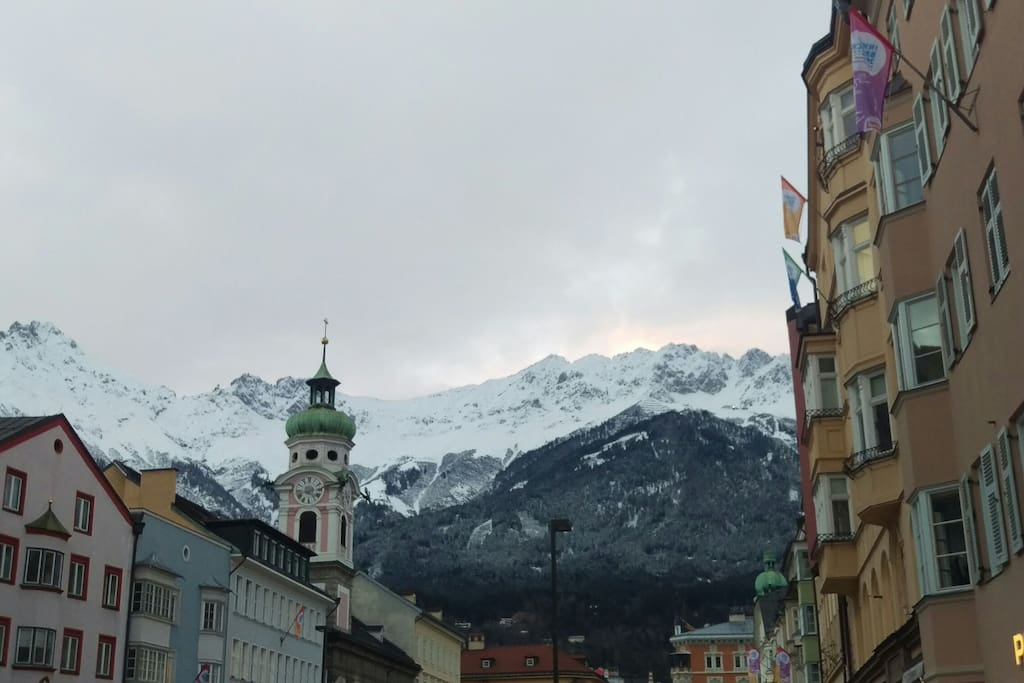 Down town Innsbruck, penthouse in Maria Theresia Street