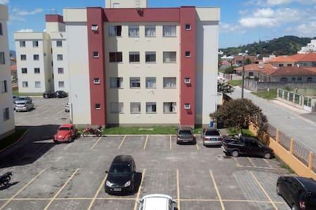 Apartamento em Biguaçu - Biguaçu