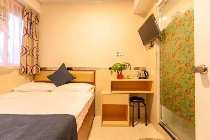 何文田地铁站雅仕宾馆标准舒适三人家庭房