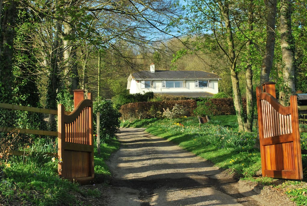 Bed House To Rent Warminster