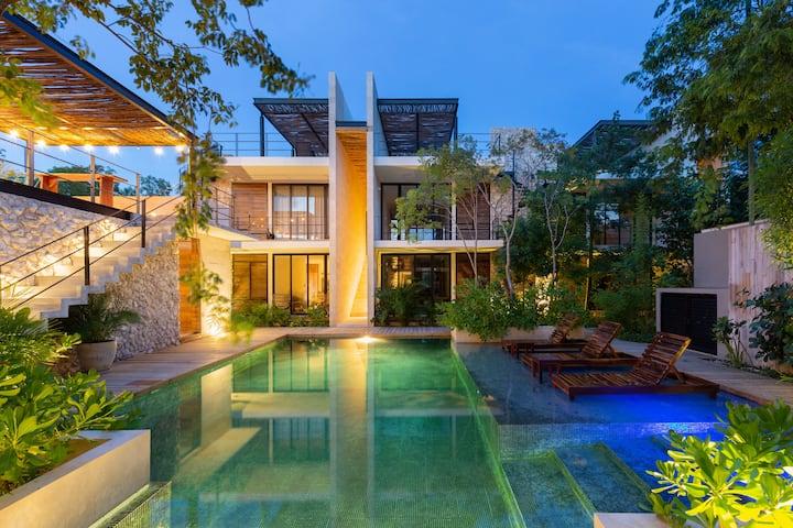 KAN NAH STUDIO / Luxury Apt. with Pool & Terrace