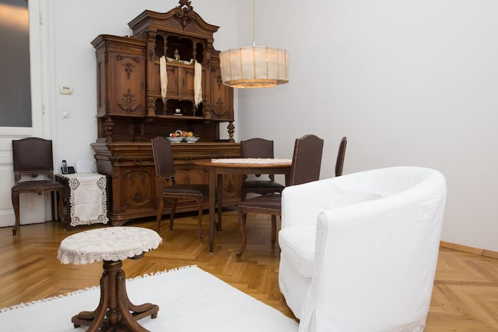 Viennese charm, quiet and centrally located - Wien - Apartment