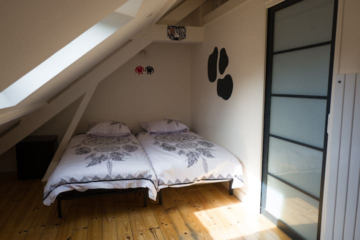 Chambre 4 (3ème étage)