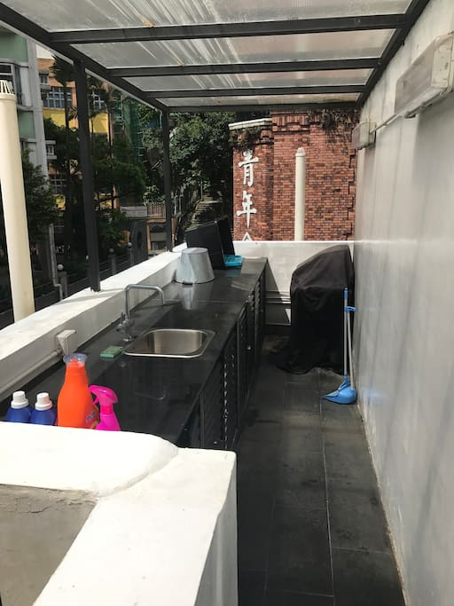 Rooftop fridge and BBQ
