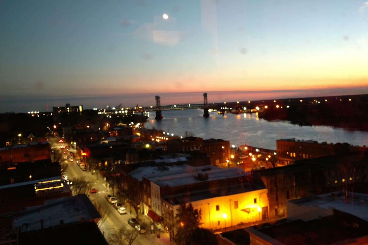 Enjoy downtown Wilmington from just a short walk away in a quiet apartment in historic Wilmington