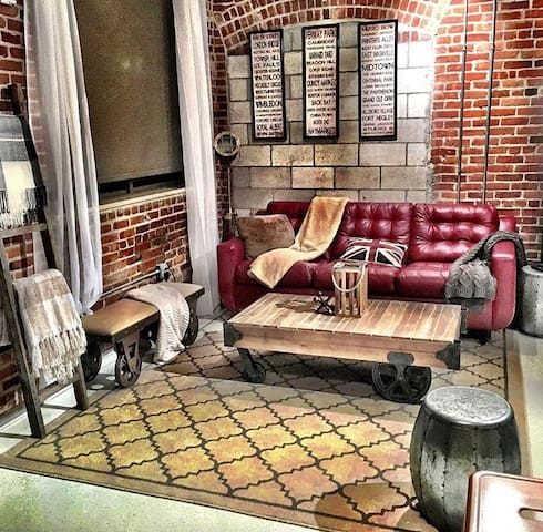 Charlestown Loft w/ exposed brick