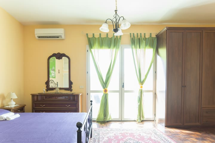 LA SUITE! Nice double-room, near Roma Anzio! - Anzio - Villa