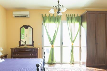 LA SUITE! Nice double-room, near Roma Anzio! - Anzio