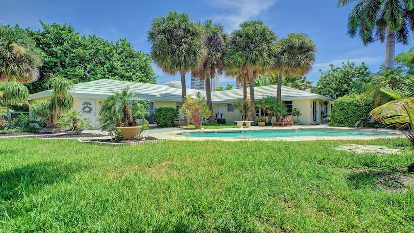 Dolphin Isles Resort @ Fort Lauderdale