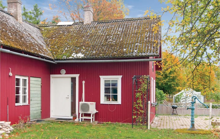 Stunning home in Tingstäde with WiFi and 1 Bedrooms
