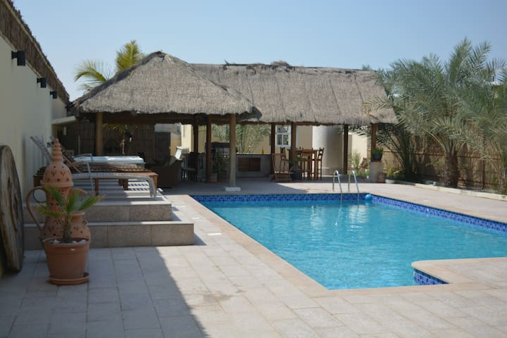 4 BR Villa with Private Pool and Jacuzzi