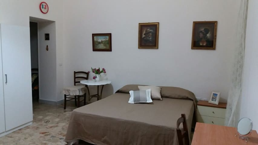 "Guest House ""Amici"" - Napoli - Apartment"