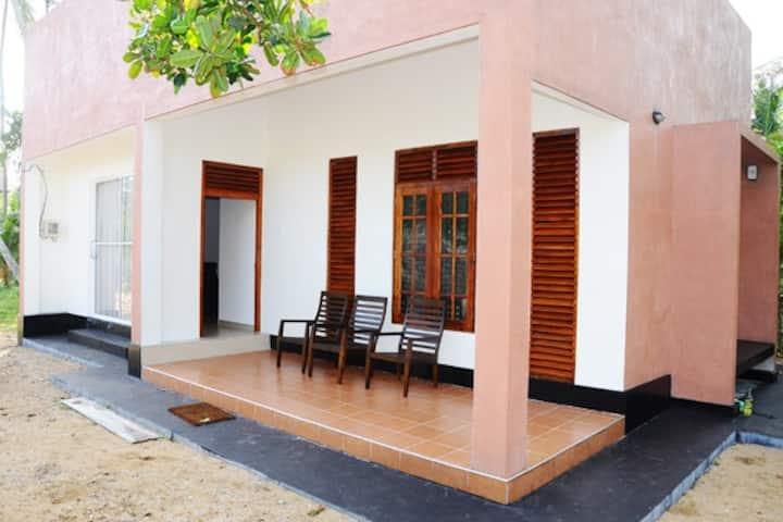 Akain Villa (Beach front)
