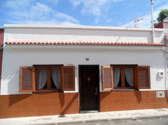 Haus Los Silos für 4 Personen