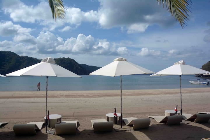 1BR unit in Pico De Loro for Rent (Miranda)