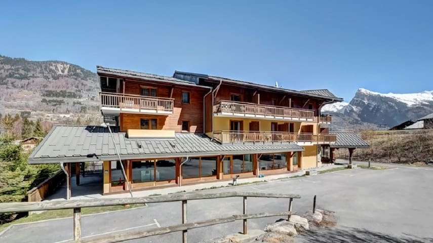 Appartement de Montagne à Morillon | Local à Skis + Accès Piscine