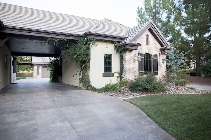 Zion Cottage