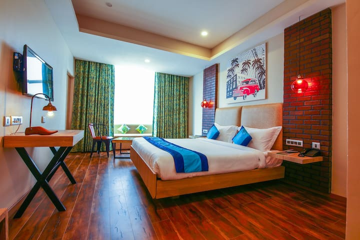 Boutique rooms with AC, Wifi, TV in Gachibowli
