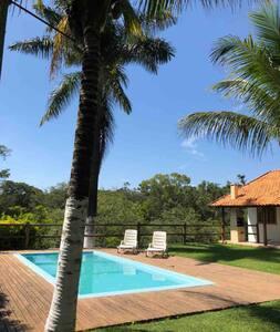 Belo Sítio em Patrocínio Paulista com piscina